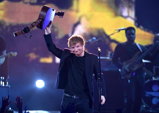 Taylor Swift cuenta como era Ed Sheeran antes de ser famoso