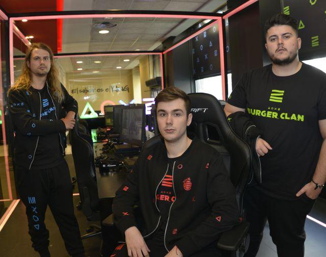 Un clan de gamers que tendrá reparto a domicilio