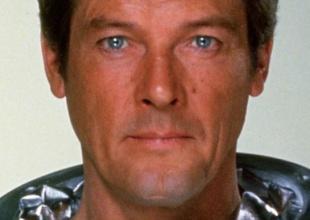 Recordamos los 7 James Bond que encarnó Roger Moore