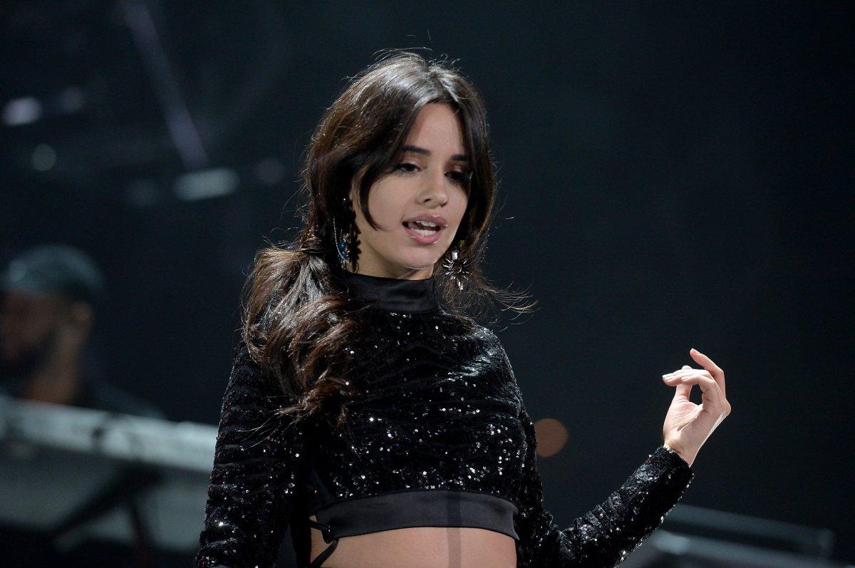 Fifth Harmony Camila Cabello Down: Primer  - los40.com.mx