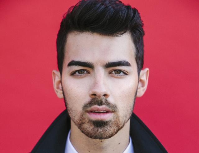 Who Is Joe Jonas Currently Hookup 2018