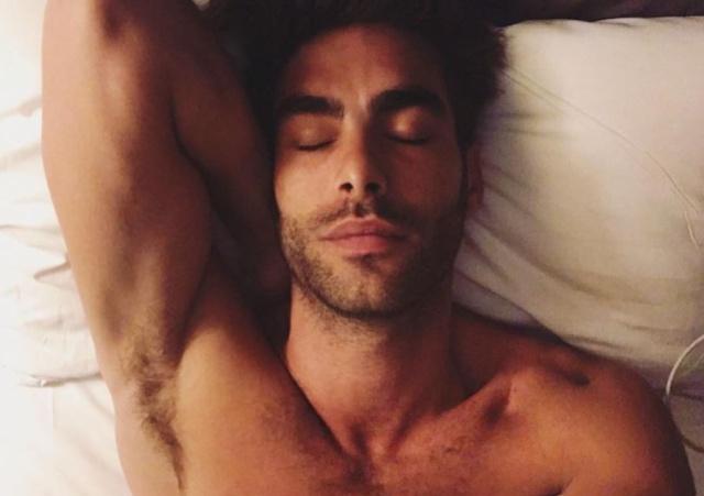 El modelo saca su lado más sexy en Instagram