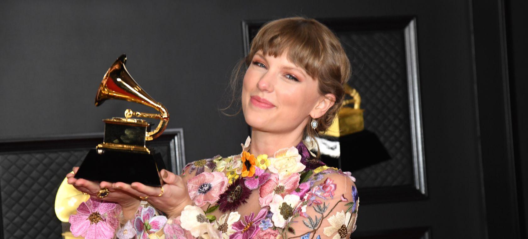 Taylor Swift hace historia en los Grammys 2021 tras ganar el premio a mejor  álbum | Música | LOS40