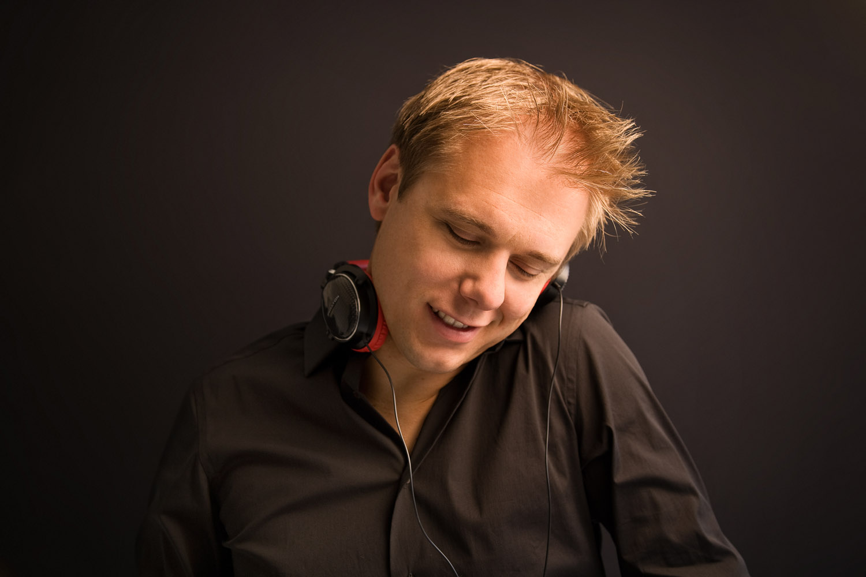 Armin Van Buuren - Another You (feat. Mr. Probz)