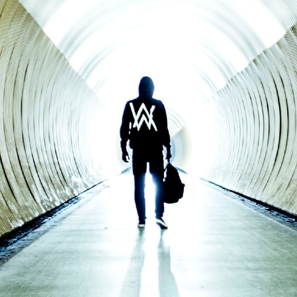 Maxima 51 Chart: Nº1 Alan Walker Ft. Iselin Solheim - Faded