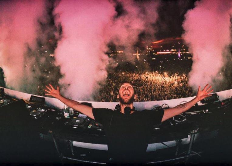 Calvin Harris en Ibiza ¡Por fin sale de Las Vegas!