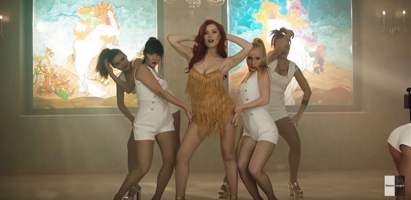 Maxima 51 Play te trae los videoclips de David Tort, Jack Perry y Elena