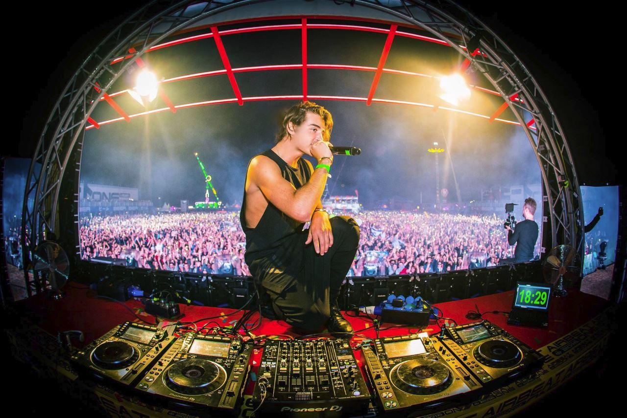 Danny Ávila cumple 23 años y así ha cambiado el DJ ¡Felicidades!